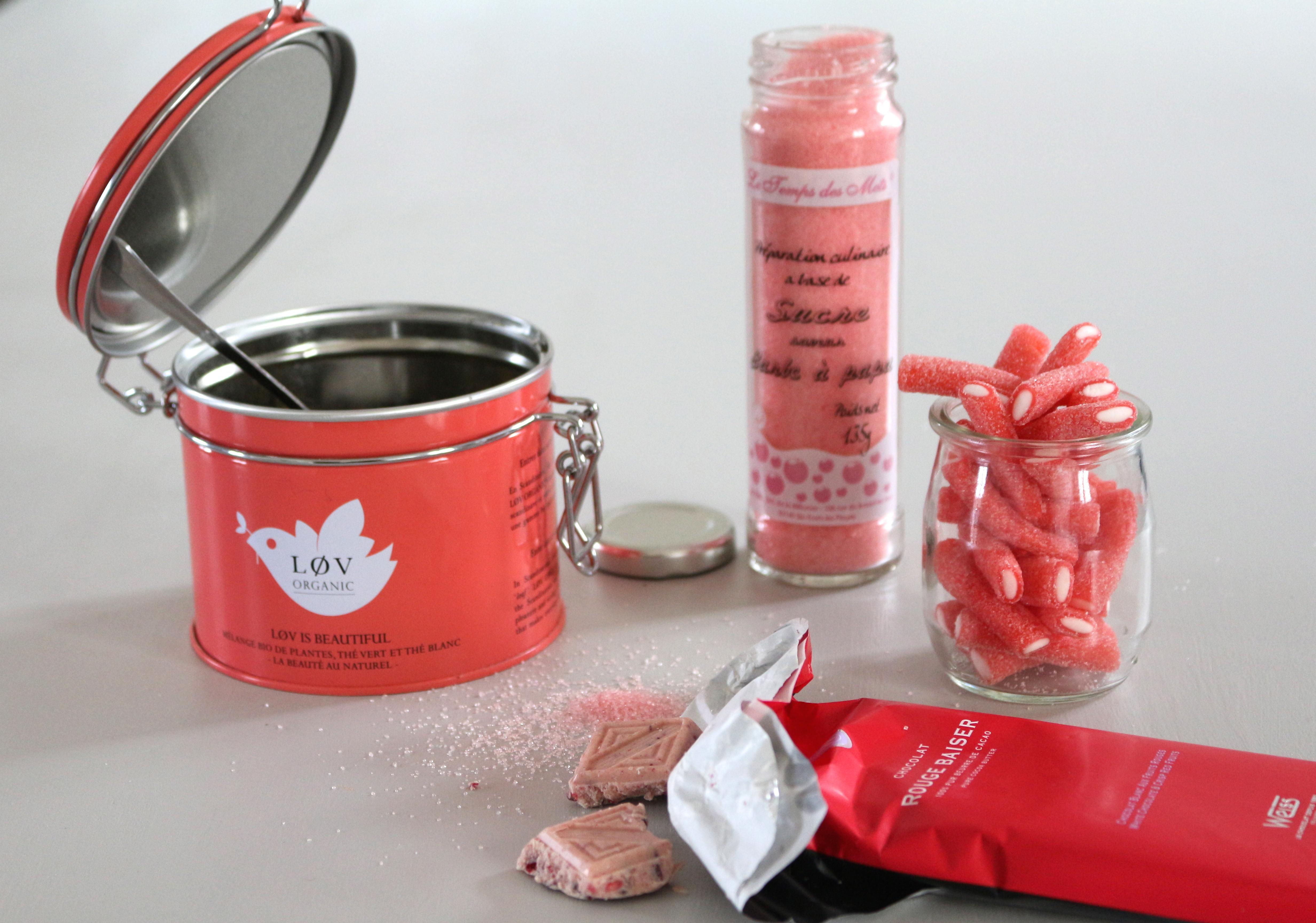 gourmandises : thé Lov, chocolat Weiss, bonbons Lutti