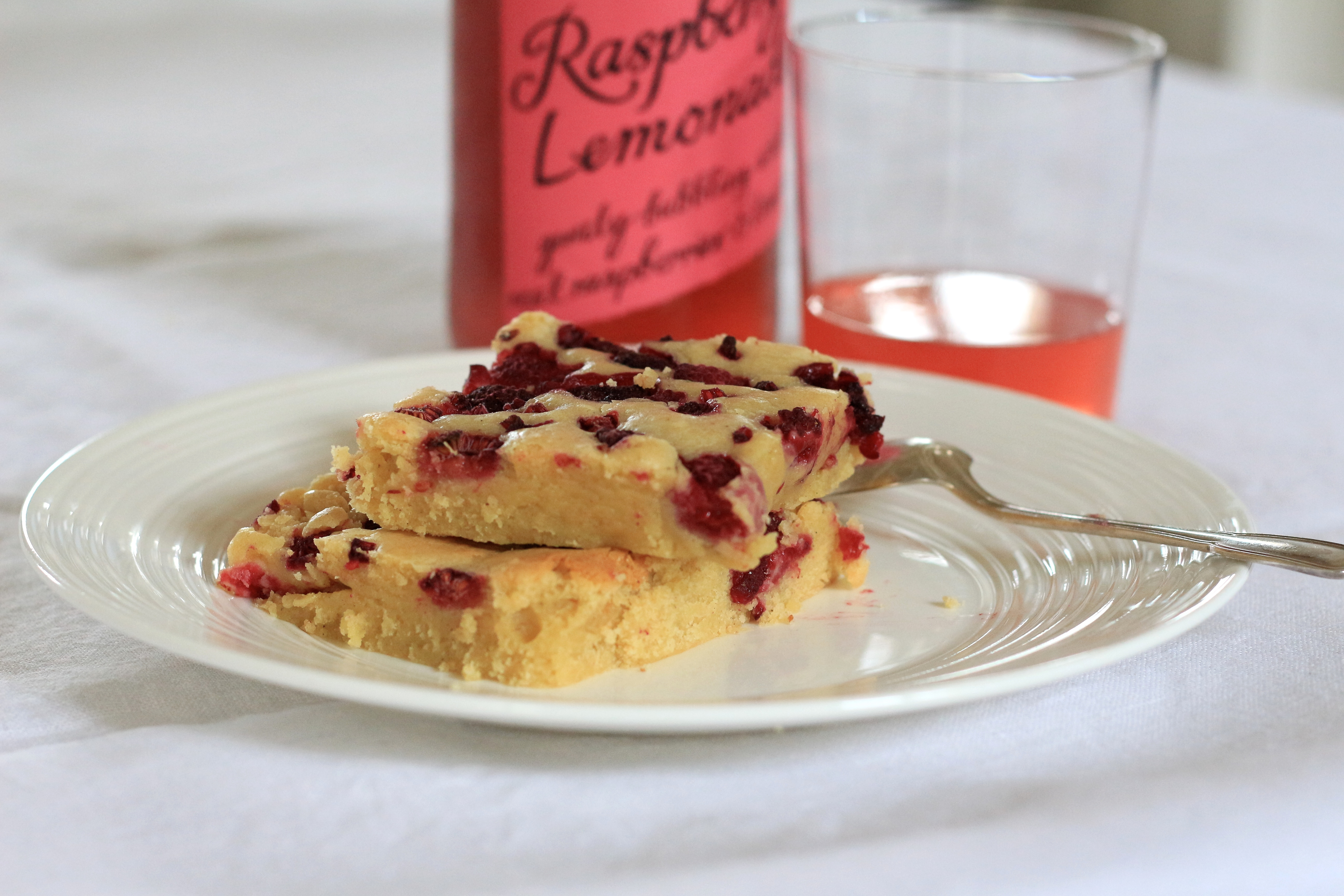 Blondie aux framboises / Raspberry blondie recipe