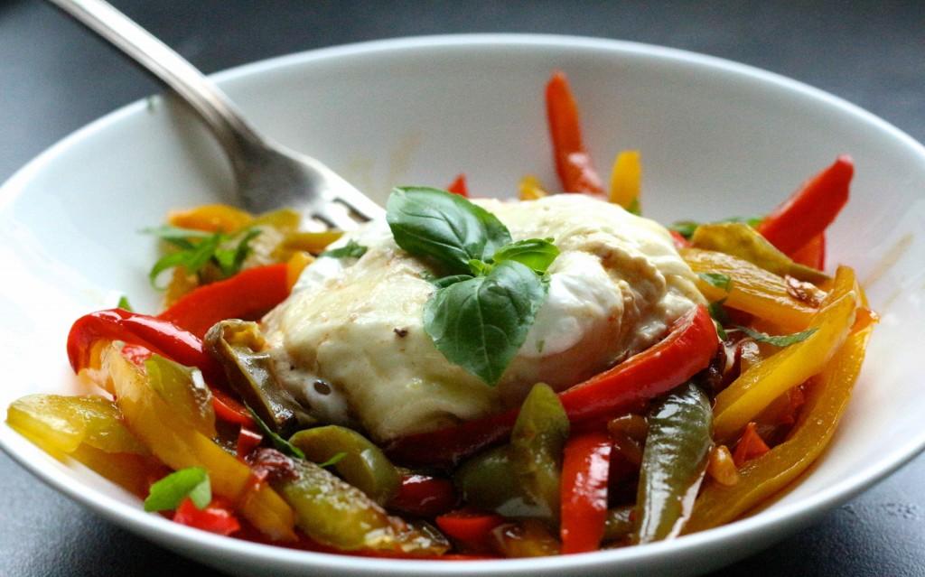 easy meal : burrata et poivrons tiédis