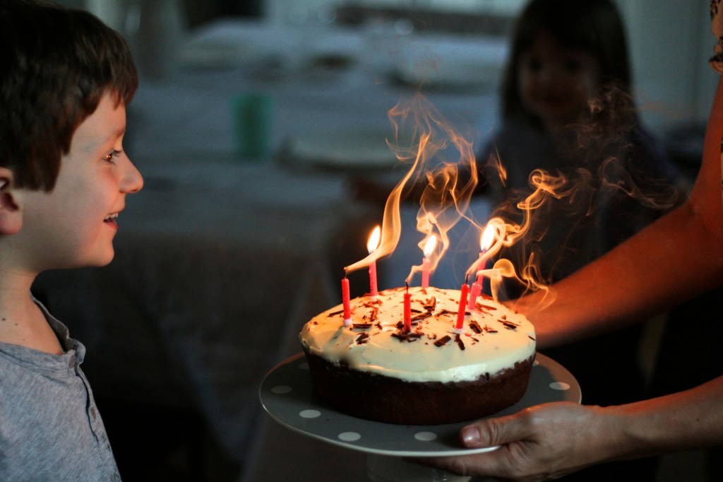 birthday cake / gâteau d'anniversaire