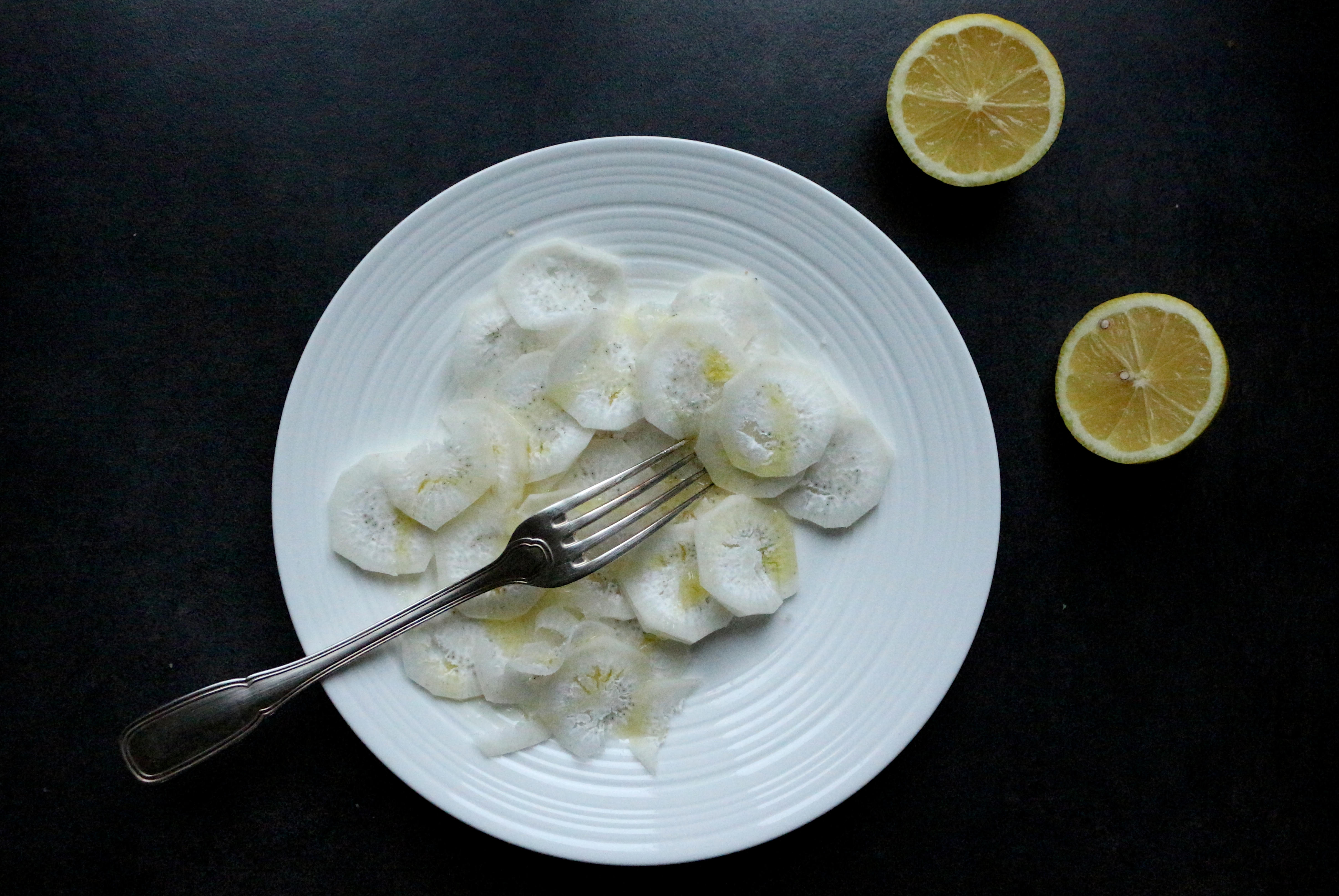 Comment se mange le radis noir r gime pauvre en calories - Cuisiner le radis noir cru ...