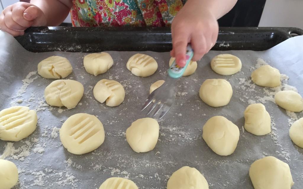 Petits biscuits brésiliens sans gluten avec de la Maïzena - Sweet Cabane
