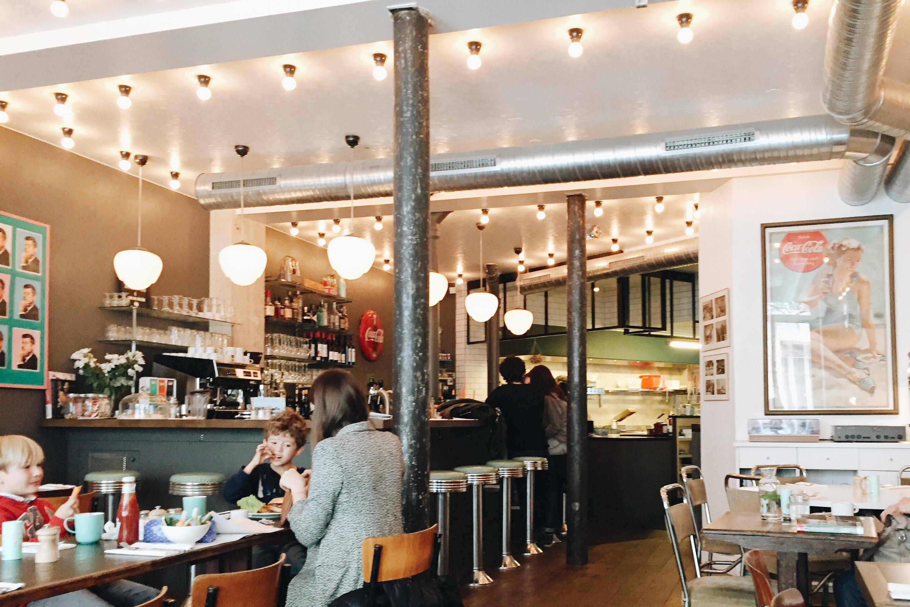 Coffee Club, Sweet Cabane