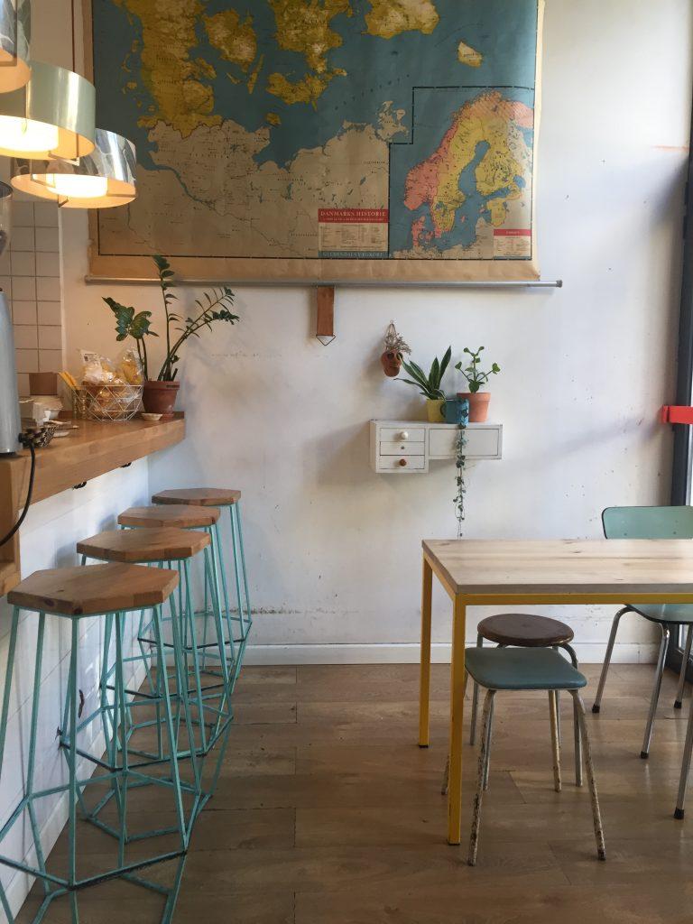 Cafe Cometa - Sweet Cabane